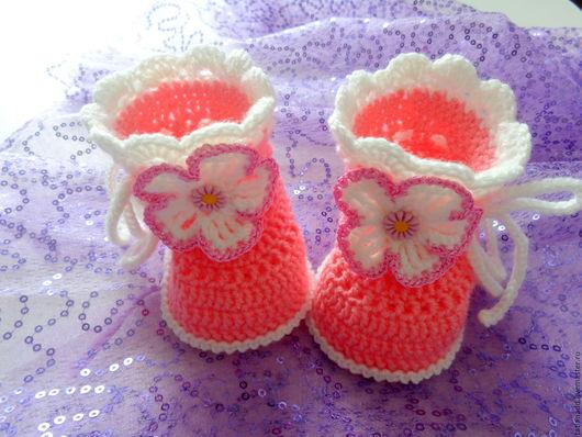 Для новорожденных, ручной работы. Ярмарка Мастеров - ручная работа. Купить Пинетки вязаные для девочки. Handmade. Коралловый, пинетки в подарок