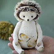 Куклы и игрушки ручной работы. Ярмарка Мастеров - ручная работа Ёжик тедди с бабочкой. Handmade.
