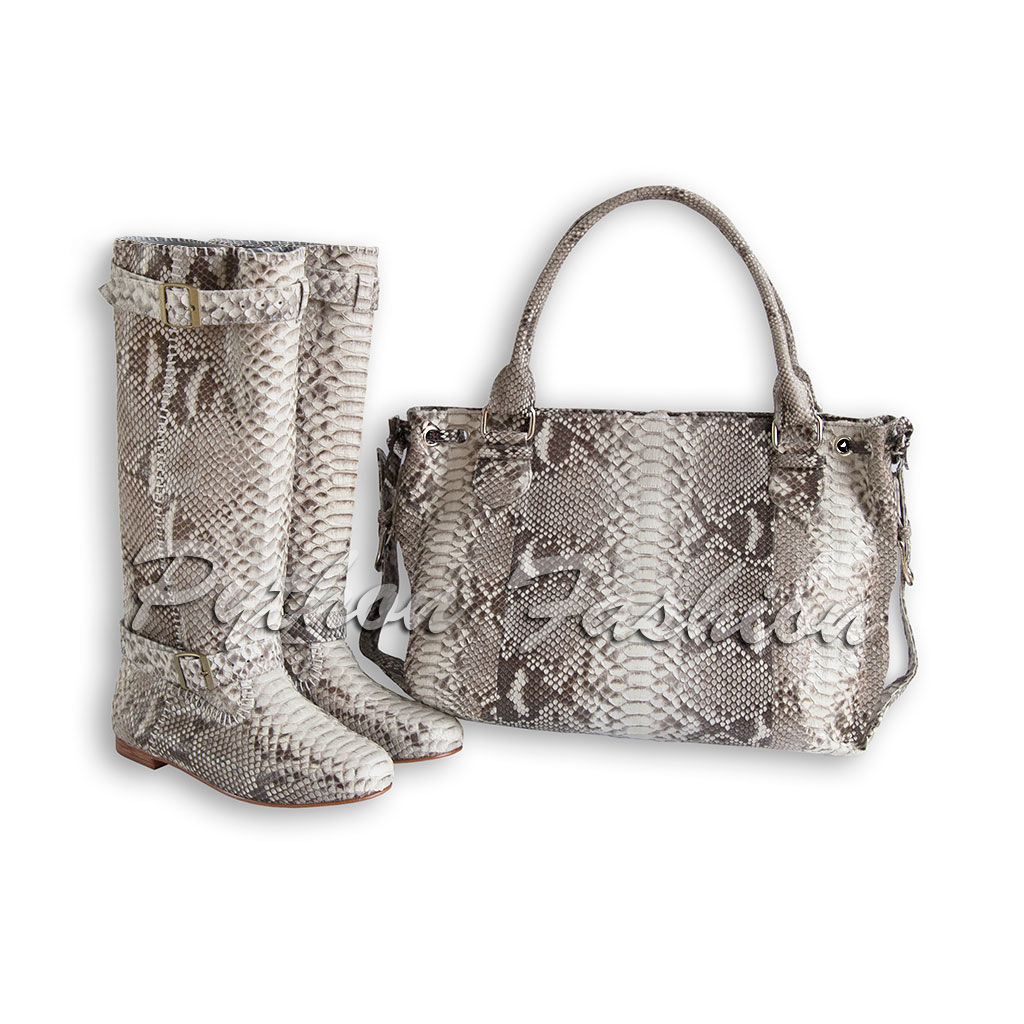 6f5cd1d9bb491 A set of Python. Boots and bag