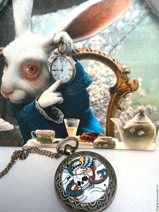 "Часы ручной работы. Ярмарка Мастеров - ручная работа. Купить Часы карманные ""Борьба за череп"". Handmade. Часы"