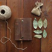 """Блокноты ручной работы. Ярмарка Мастеров - ручная работа Кожаный блокнот на кольцах А6 с пришитым карманом """"Визирь"""". Handmade."""