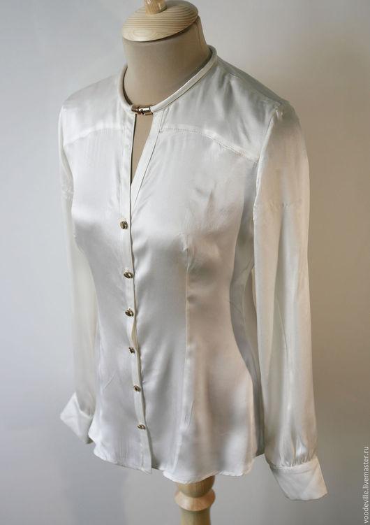 Одежда. Ярмарка Мастеров - ручная работа. Купить Блуза с металлической деталью. Handmade. Белый, шёлк