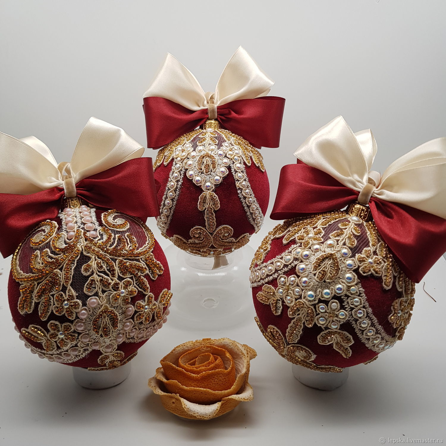 Velvet ball on the Christmas tree ' Red wine'. Christmas toy, Christmas decorations, Novosibirsk,  Фото №1