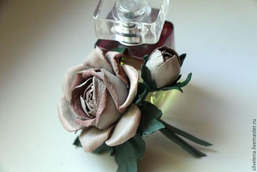 Броши ручной работы. Ярмарка Мастеров - ручная работа. Купить Брошь из кожи Роза с бутоном Эмили-2. Кожаная брошь. Цветы из кожи. Handmade.