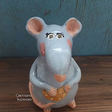 Для дома и интерьера ручной работы. Ярмарка Мастеров - ручная работа Крыс с кусочком сыра. Символ 2020 года. Авторская керамика. Handmade.
