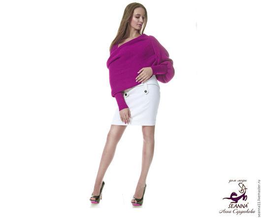 Дизайнер Анна Сердюкова (Дом Моды SEANNA). Вязаный из сиреневой пряжи шарф-свитер с рукавами `Тёплая Сирень`. Безразмерный. На заказ свяжу из любой пряжи по Вашему желанию. Цена - 5900 руб.