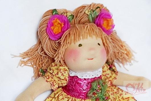 Вальдорфская игрушка ручной работы. Ярмарка Мастеров - ручная работа. Купить вальдорфская кукла с длинным волосами Цветик. Handmade. Желтый