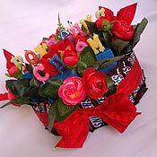 Сувениры и подарки ручной работы. Ярмарка Мастеров - ручная работа Торт из сникерсов к 23 февраля, подарок мальчику, букет ребёнку. Handmade.