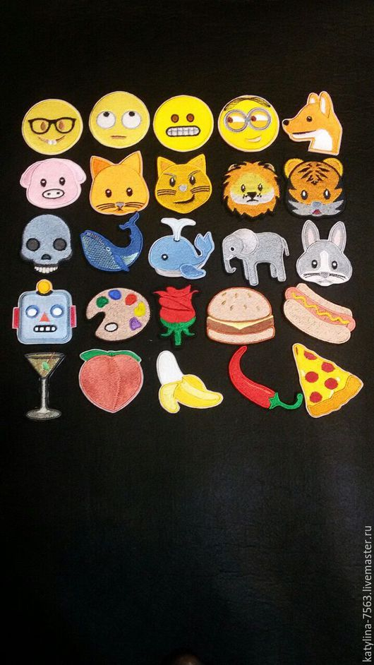 """Вышивка ручной работы. Ярмарка Мастеров - ручная работа. Купить """"Нашивки на Шевронной Ткани""""Emoji. Handmade. Комбинированный, нашивки emoji"""