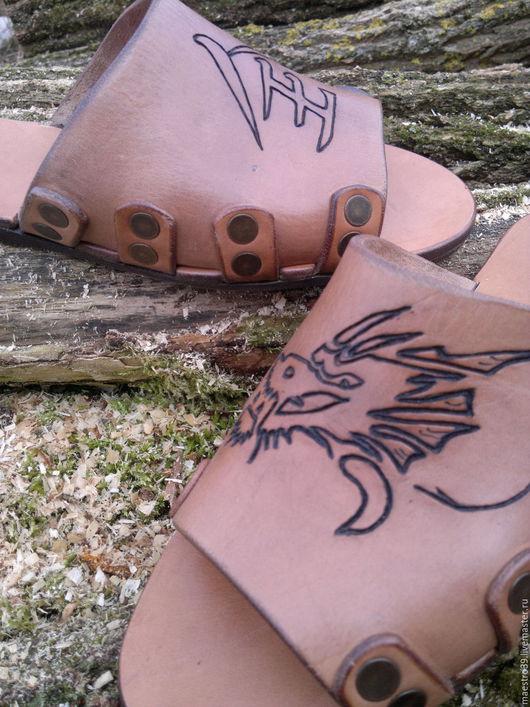 Обувь ручной работы. Ярмарка Мастеров - ручная работа. Купить домашние тапки мудрого дракона :). Handmade. Бежевый