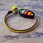 """Украшения ручной работы. Ярмарка Мастеров - ручная работа Браслет """"Игрушки.Yellow"""", тропический орех, лэмпворк, кожаный шнур.. Handmade."""