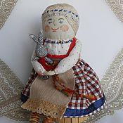Куклы и игрушки ручной работы. Ярмарка Мастеров - ручная работа С зайчиком - текстильная кукла на основе народной куклы костромушки. Handmade.