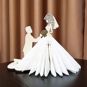 """Для дома и интерьера ручной работы. Ярмарка Мастеров - ручная работа Салфетница """"Жених и невеста"""". Handmade."""