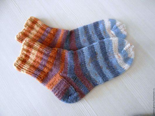 Носки, Чулки ручной работы. Ярмарка Мастеров - ручная работа. Купить Вязаные полосатые шерстяные носочки. Handmade. Фиолетовый, голубой
