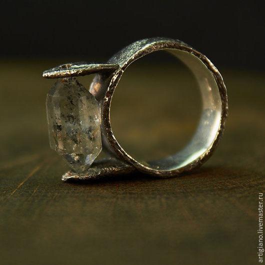 Кольца ручной работы. Ярмарка Мастеров - ручная работа. Купить Кольцо с кварцем. Handmade. Кольцо с кварцем, необычное украшение