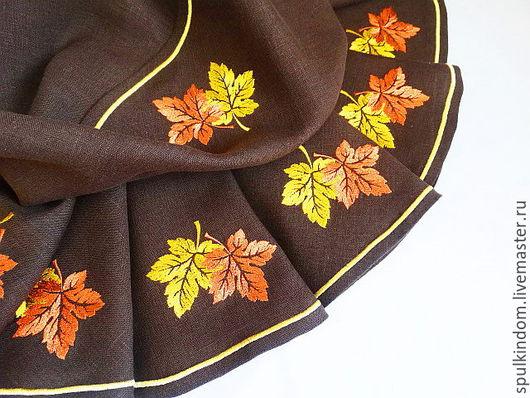Круглая скатерть с вышивкой  `Кленовые листья` `Шпулькин дом` мастерская вышивки