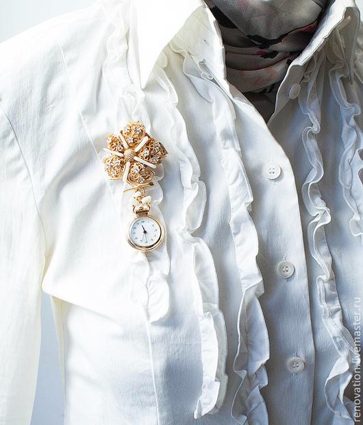 """Часы ручной работы. Ярмарка Мастеров - ручная работа. Купить Брошь часы """"Время цвести"""". Handmade. Белый, реновация, литьё"""