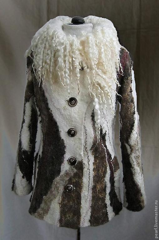 """Верхняя одежда ручной работы. Ярмарка Мастеров - ручная работа. Купить Пальто валяное """"Дикарка"""". Handmade. Белый, Валяние"""