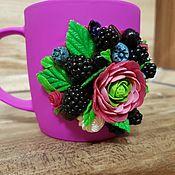 Чашки ручной работы. Ярмарка Мастеров - ручная работа Чашки: Сочные ягоды. Handmade.