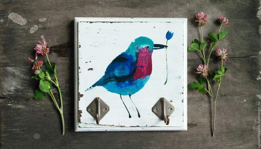 """Детская ручной работы. Ярмарка Мастеров - ручная работа. Купить Ключница-вешалка """"Птичка с цветком"""". Handmade. Синий, птица, подарок"""
