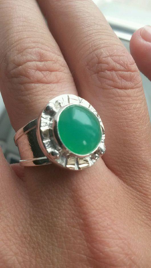 Кольца ручной работы. Ярмарка Мастеров - ручная работа. Купить Кольцо с хризопразом натуральным. Handmade. Хризопразовое кольцо