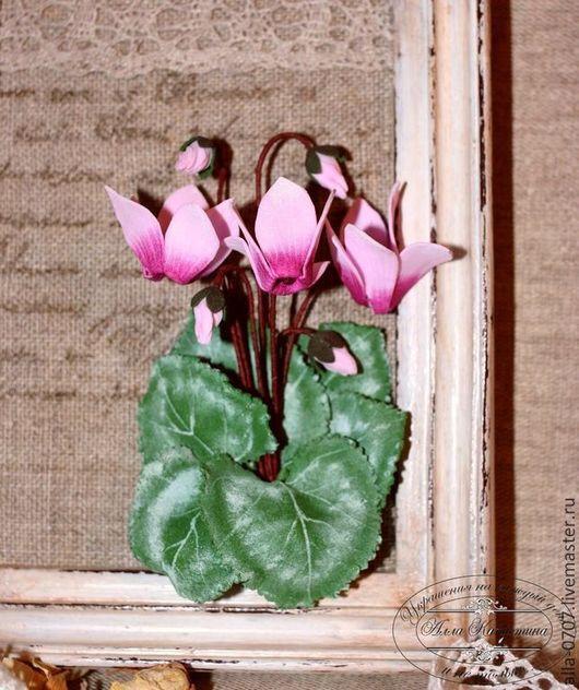 """Картины цветов ручной работы. Ярмарка Мастеров - ручная работа. Купить """"Розовые цикламены"""" Декоративное панно. Handmade. Розовый, цикламен"""