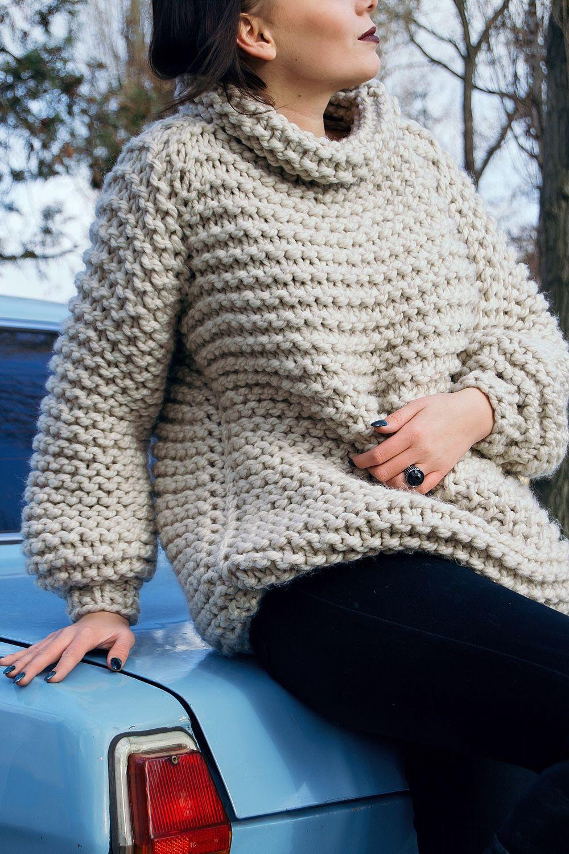 женский свитер из толстой пряжи гладью