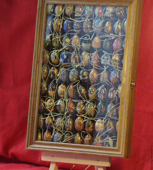 Klimt styled set of 81 different eggs painted by hand. (Available now). Вручную расписанный набор из 81 яйца в стиле Густав Климт. В отменном качестве исполнения. Коллекционный