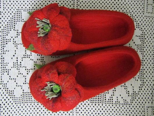 """Обувь ручной работы. Ярмарка Мастеров - ручная работа. Купить Войлочные тапочки """"Любимые"""". Handmade. Обувь ручной работы"""