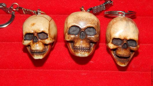 Брелоки ручной работы. Ярмарка Мастеров - ручная работа. Купить брелок череп. Handmade. Коричневый, однотонный, брелок
