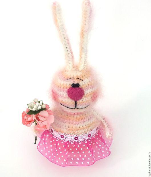 Игрушки животные, ручной работы. Ярмарка Мастеров - ручная работа. Купить Зайка Неженка (Заяц, подарок, вязаная игрушка). Handmade.