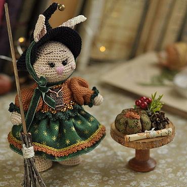 Маленькая ведьма, интерьерная игрушка Хеллоуин