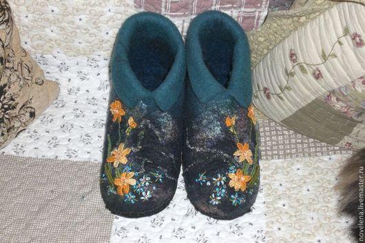 Обувь ручной работы. Ярмарка Мастеров - ручная работа. Купить Тапочки (Вечерние Нарциссы). Handmade. Обувь ручной работы, ирис