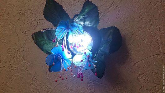 """Освещение ручной работы. Ярмарка Мастеров - ручная работа. Купить Ночник """"Клер"""". Handmade. Голубой, необычный светильник, голубые цветы"""
