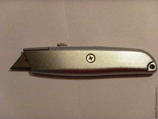 Аппликации, вставки, отделка ручной работы. Ярмарка Мастеров - ручная работа. Купить Нож с трапециевидным выдвижным лезвием 4907. Handmade.