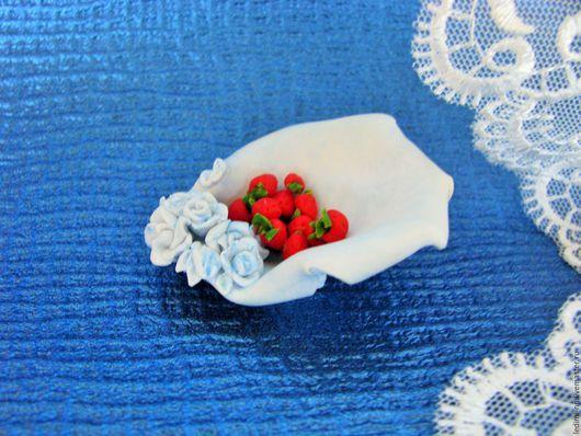 фруктовница, ваза для фруктов, миниатюра, миниатюра для кукол, кукольная миниатюра, кукольный домик, кукольная, кукольная посуда, миниатюрная посуда, воздушная, нежная, лепесток, голубой,