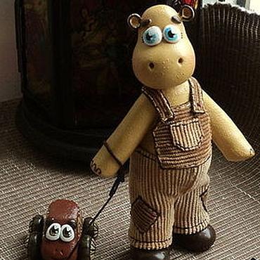"""Куклы и игрушки ручной работы. Ярмарка Мастеров - ручная работа Фигурка """"Бегемотик с машинкой"""". Handmade."""