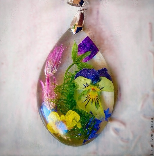 Кулон с натуральными цветами Кулон капля с цветами  Кулон прозрачный