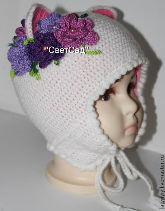 Детский комплект `Букетик на снегу`. Шапочка, шарфик и варежки. Можно все по отдельности.