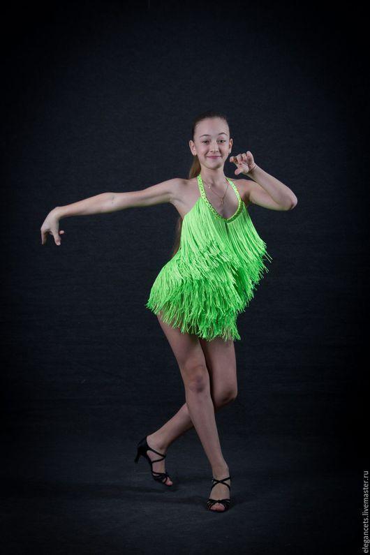 """Танцевальные костюмы ручной работы. Ярмарка Мастеров - ручная работа. Купить Платье для бальных танцев (латина) """"Youth"""". Handmade. Салатовый"""