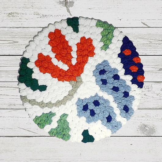Вязаный ковер ручной работы «Летний день». Оригинальный авторский дизайн. Возможен точный повтор на заказ или индивидуальный вариант (в нужном размере и цвете).
