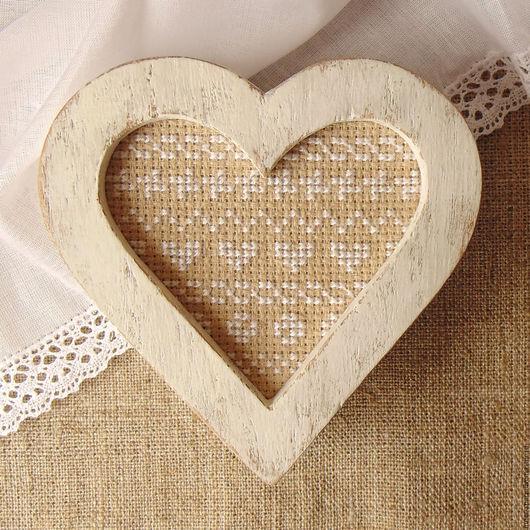 декоративная шкатулка ручной работы из дерева вышитая шкатулка купить шкатулку подарочную красивая шкатулка для украшений в стиле прованс стиль рустик французская вышивка вышивка крестом в подарок