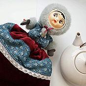 """Для дома и интерьера ручной работы. Ярмарка Мастеров - ручная работа чайная грелка """"Девочка-Зима"""". Handmade."""
