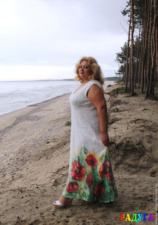 """Платья ручной работы. Ярмарка Мастеров - ручная работа. Купить Валяное платье """"Маки"""" - нуновойлок и батик. Handmade. Белый"""