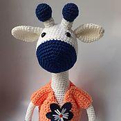 Мягкие игрушки ручной работы. Ярмарка Мастеров - ручная работа Вязаный жирафик Белла в платье. Handmade.