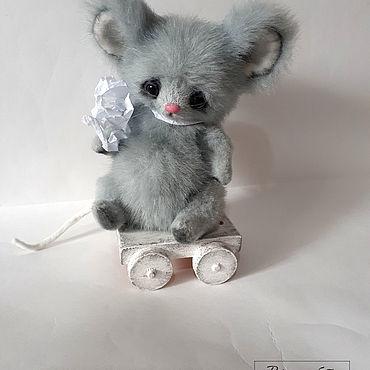Куклы и игрушки ручной работы. Ярмарка Мастеров - ручная работа Мышонок Пип,13 см сидя. Handmade.