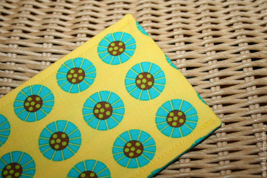 Для телефонов ручной работы. Ярмарка Мастеров - ручная работа. Купить Чехол для телефона Желтый с изумрудным. Handmade. Чехол, яркий