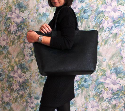 Женские сумки ручной работы. Ярмарка Мастеров - ручная работа. Купить кожаная сумка женская черная натуральная кожа большая сумка. Handmade.