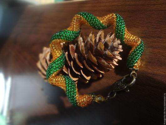 Браслеты ручной работы. Ярмарка Мастеров - ручная работа. Купить Янтарная королева. Handmade. Комбинированный, глубокий зеленый, подарок