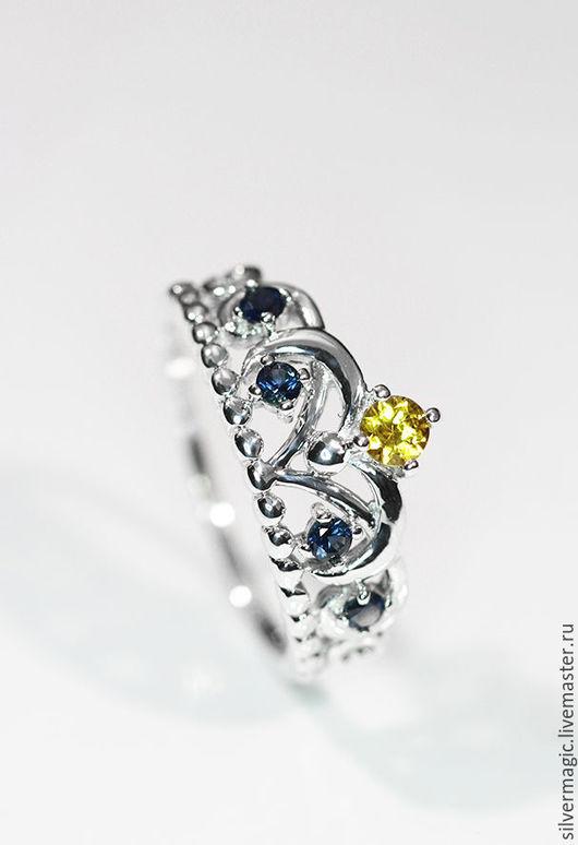 Кольца ручной работы. Ярмарка Мастеров - ручная работа. Купить Серебряное кольцо-корона с сапфирами.. Handmade. Серебряное кольцо